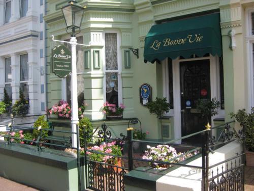 La Bonne Vie Guest House,