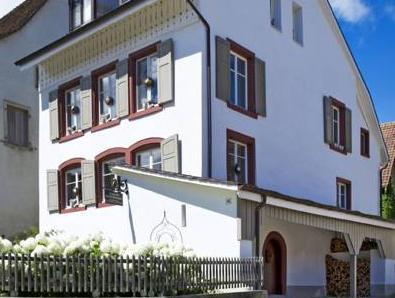 Meyerhuus, Waldenburg