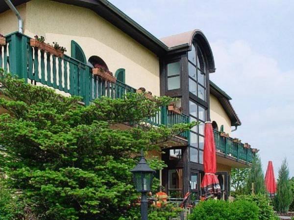 Hotel Falkenhof, Burgenlandkreis