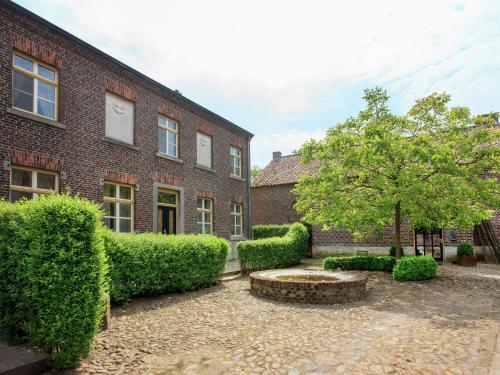 Lovely Farmhouse in Baexem near Forest, Heythuysen