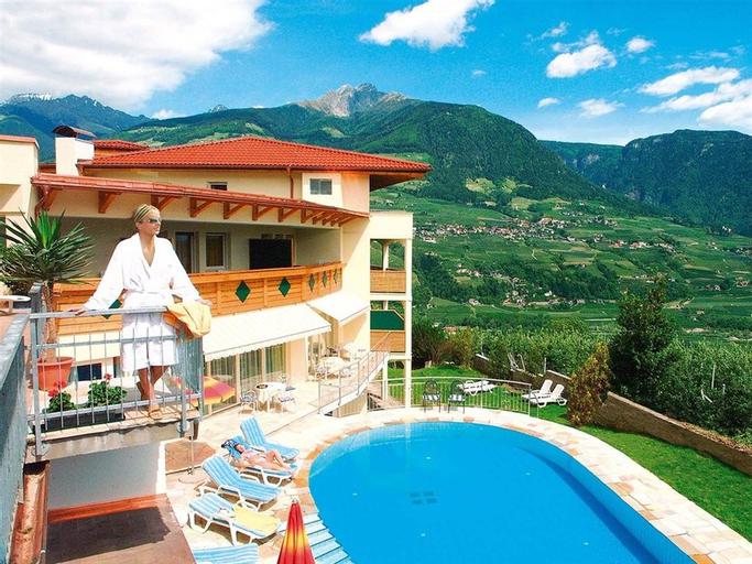 Landsitz Stroblhof, Bolzano