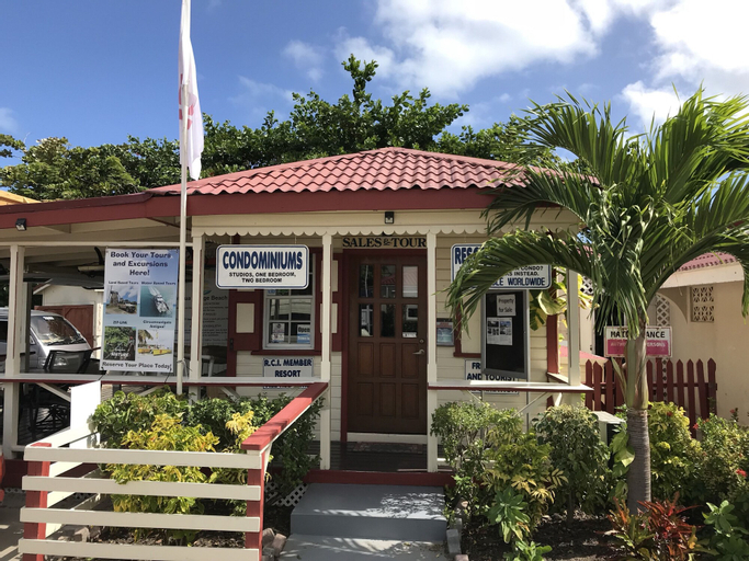 Dickenson Bay Oasis Antigua Village,