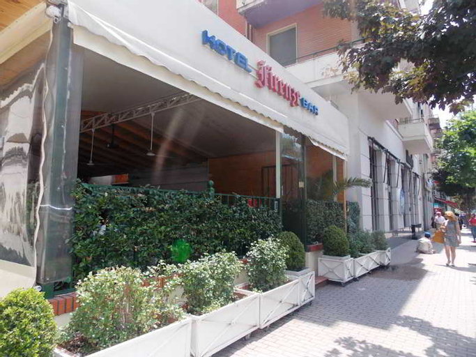Firenze Hotel, Tiranës