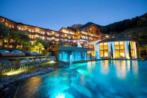 Andreus Resorts, Bolzano