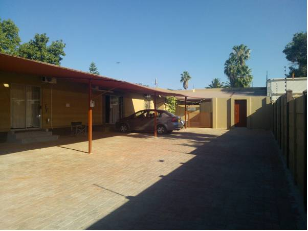 Airport Guest House, Tsumeb