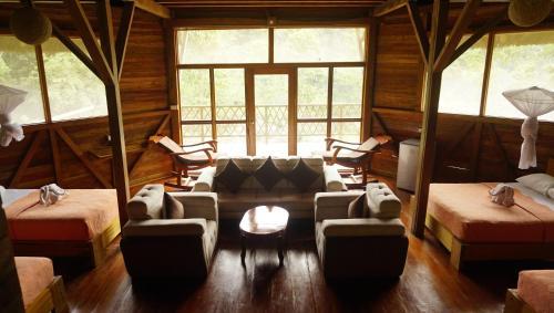 Sani Lodge, Shushufindi