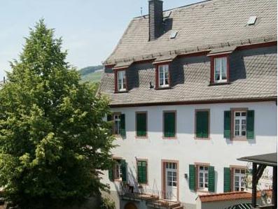 Zur Lindenau, Rheingau-Taunus-Kreis