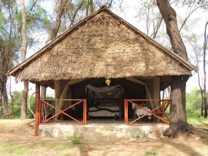 Loyk Tsavo Camp, Kibwezi East