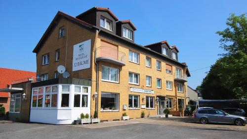 Hotel 12 Baume, Unna