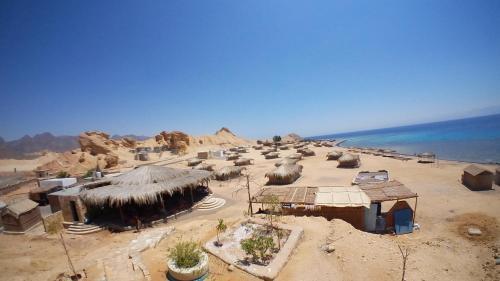 New Moon Island Camp, Nuweiba'