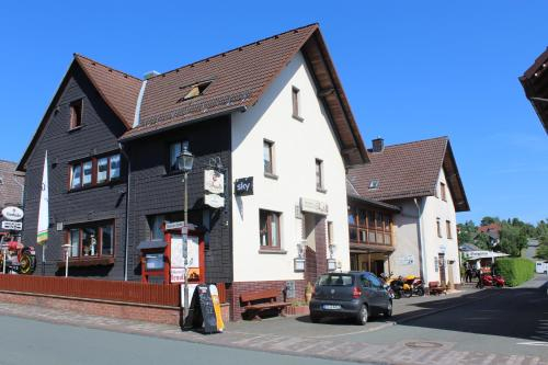 Landgasthof-Bikerhotel Arnold, Waldeck-Frankenberg
