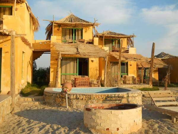 Kamariat - El Mandara Lodge, Yusuf as-Sidiq