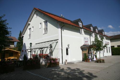 Hotel-Gasthof Eberherr, Ebersberg