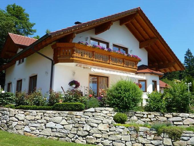 Haus Dederichs, Straubing-Bogen