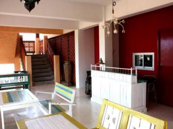 Ali Baba Resort, K. Sam Roi Yot