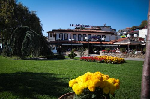 Villa Lihnidos Square,