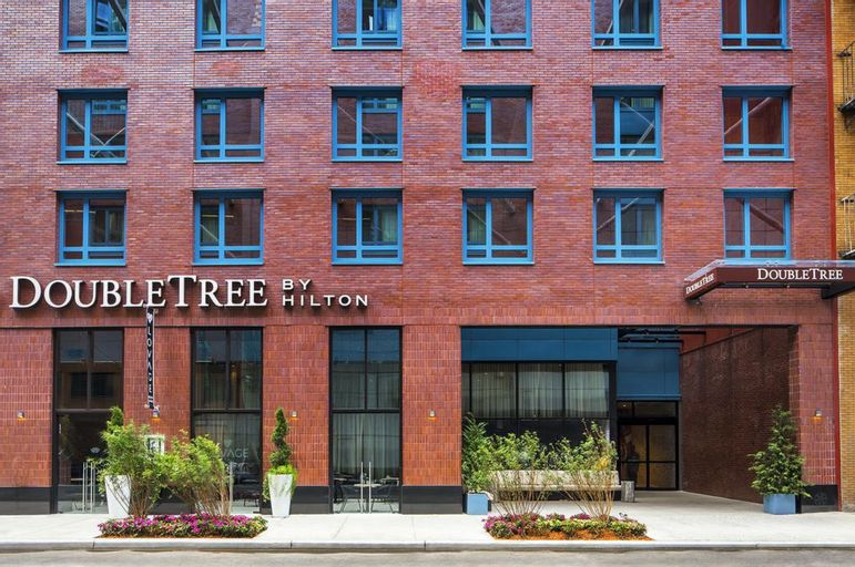 DoubleTree by Hilton New York Times Square West, New York