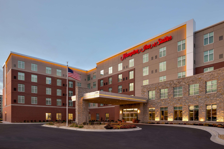 Hampton Inn and Suites Chicago-O'Hare/Rosemont, IL, Cook