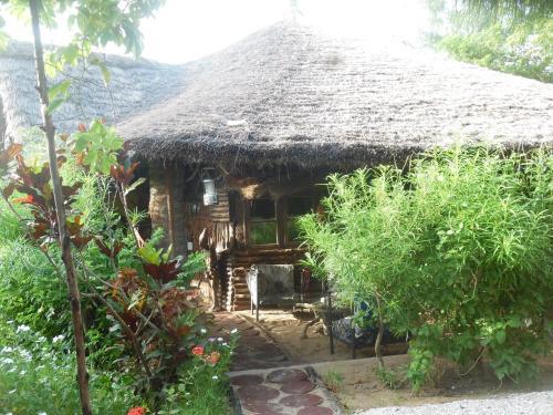 Akine Dyioni Lodge, Oussouye