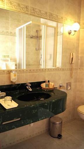 Hotel Regina, Praha 10