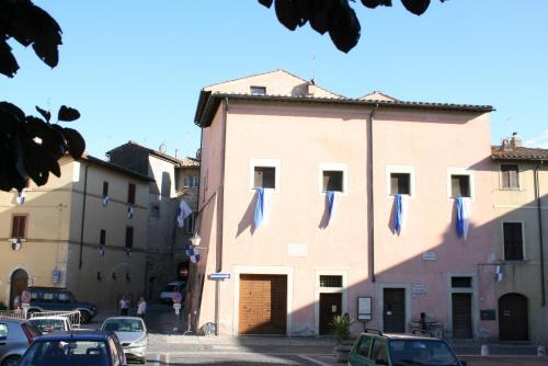 Ostello Giustiniani, Terni