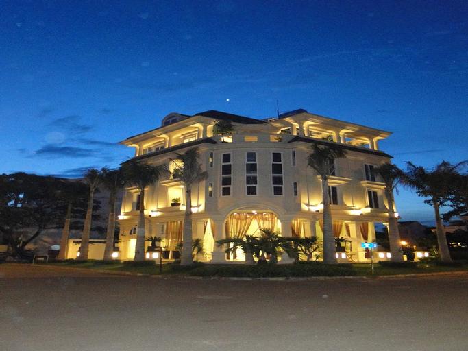Palms Garden Saigon Hotel, Quận 7