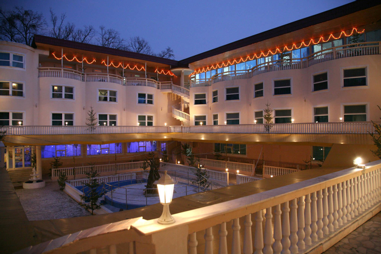 Hotel Cornul Vanatorului, Pitesti
