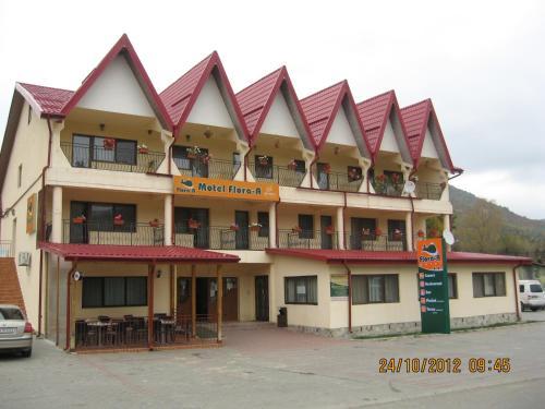 Motel Flora, Tulnici