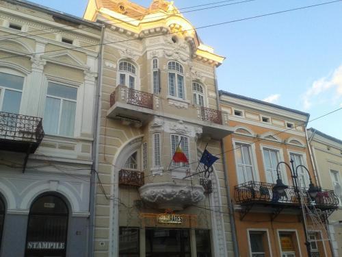 Hotel Rares, Botosani