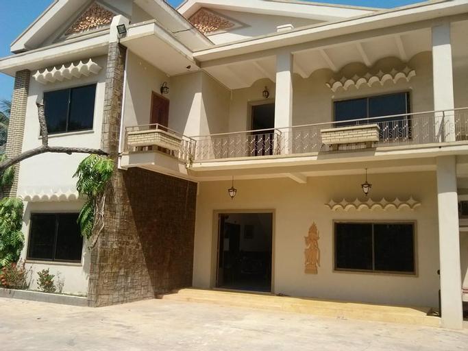 Sereymathya Guesthouse, Chbar Mon