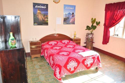 Hotel Estacion Gerona Bed & Breakfast, ZONA 1
