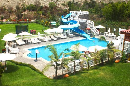 Lunahuana River Resort, Cañete