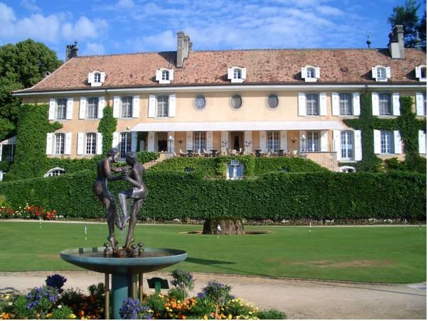 Chateau de Bonmont, Nyon