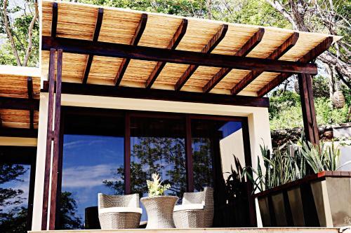 Las Flores Resort, Chirilagua