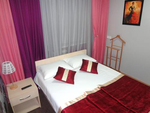 Hotel Tango, Novokuznetskiy