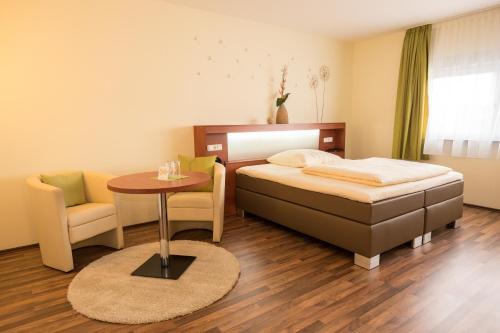 Hotel Viola, Main-Taunus-Kreis