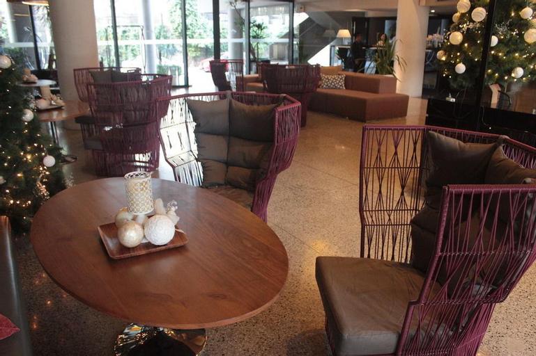 Meranti Hotel, Quezon City
