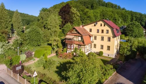 Villa Martha, Wartburgkreis