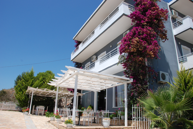 Villa Doka, Sarandës
