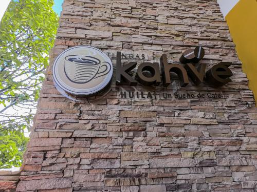 Hotel Kahve, Garzón