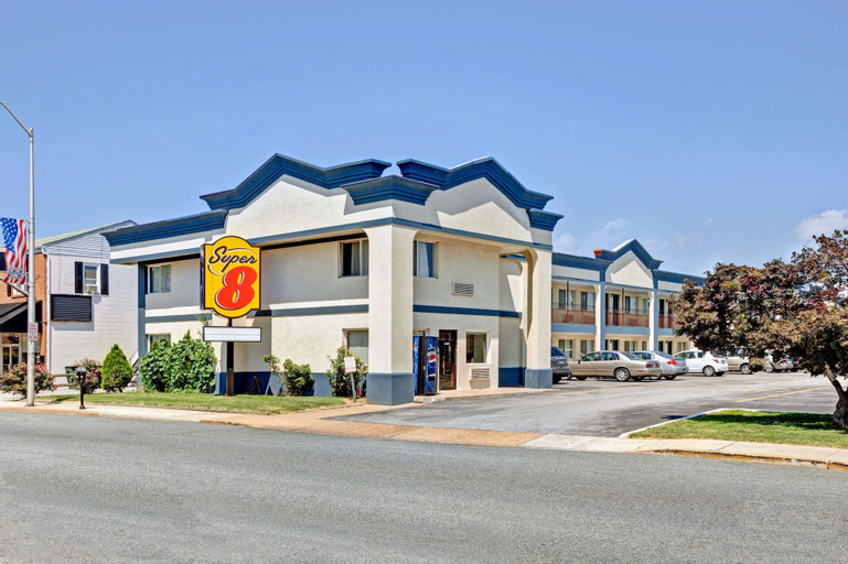 Super 8 by Wyndham Newark DE, New Castle