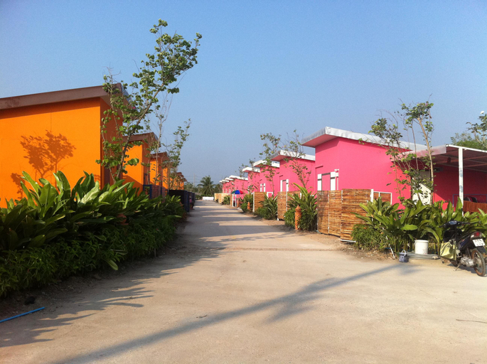Sanrak Resort, Ban Phaeo