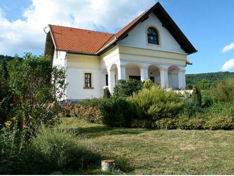 Mennyei Vendégház, Siklósi