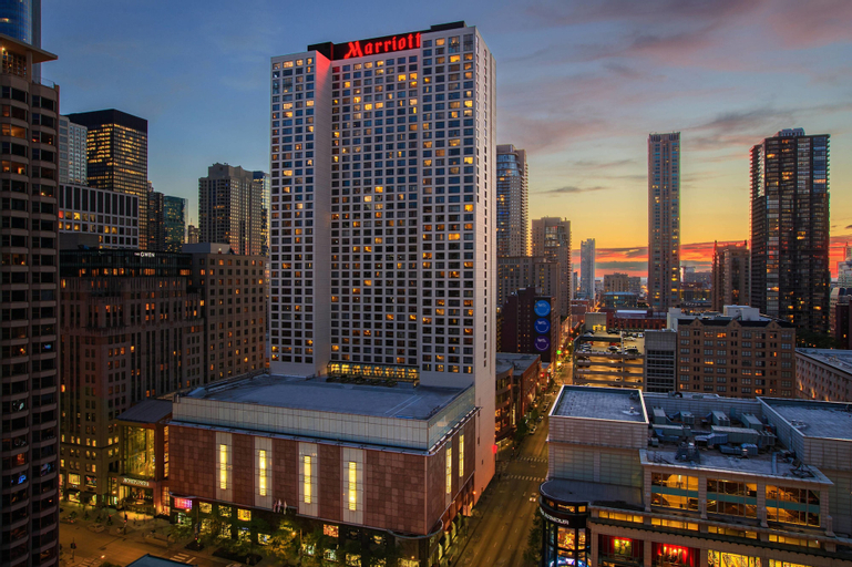 Chicago Marriott Downtown Magnificent Mile, Cook
