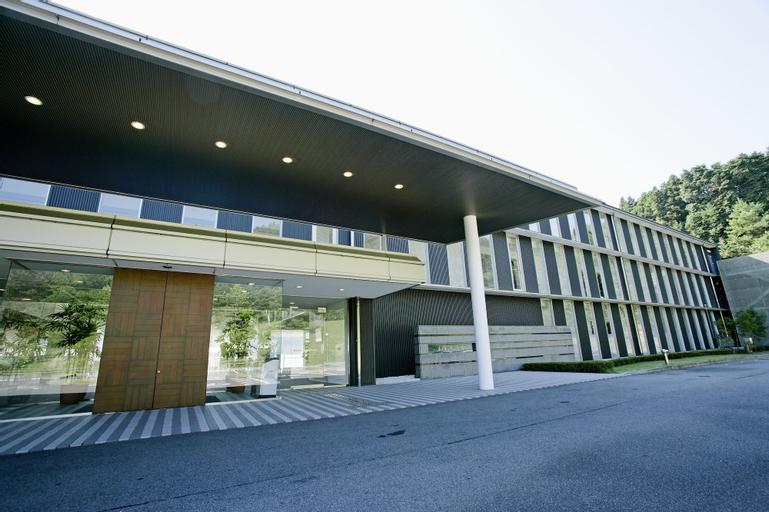 Menard Aoyama Resort, Iga