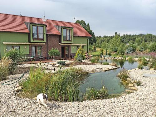 Lake View Apartments near Golf Resort Kuneticka Hora, Dritec, Pardubice