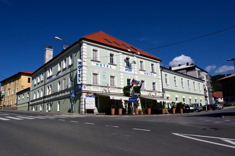 Hotel Sport, Postojna
