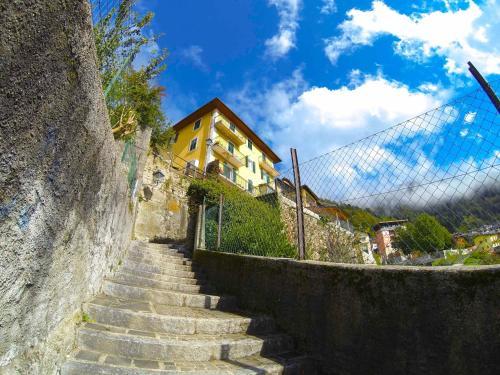 Un Letto a Castello, Trento