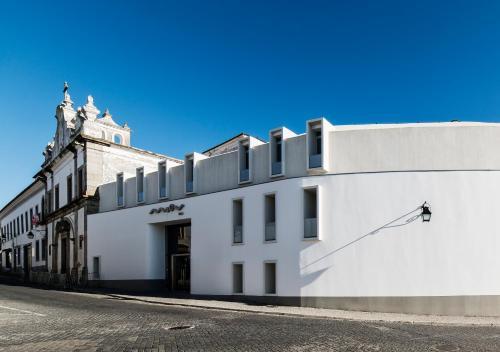 Moov Hotel Évora, Évora