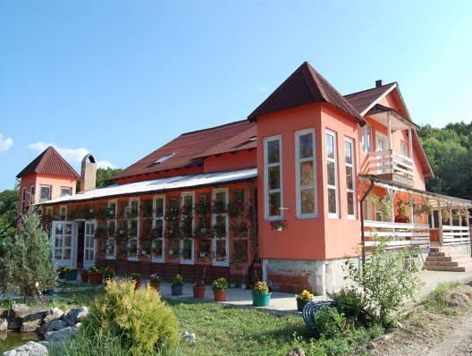 Vila Sovata, Hidiselu De Sus